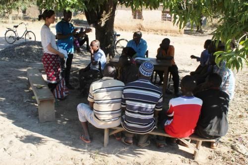 Séance préliminaire à Mwitikio